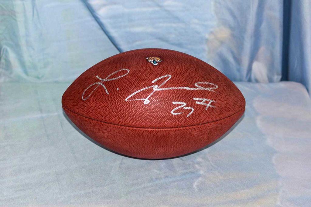 Jacksonville Jaguars #27 Leonard Fournette signed football