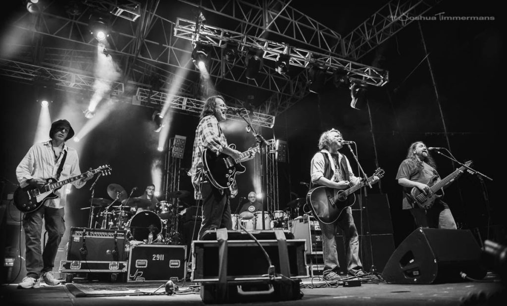 Widespread Panic with Bloodkin Live
